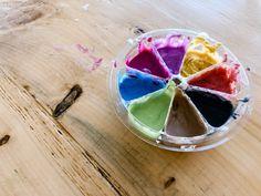 Peinture à visage maison pour enfants   Les Trappeuses Matcha, Le Cacao, Activities For Kids, Pudding, Ethnic Recipes, Desserts, Homemade, Whipped Body Butter, Milk Bath