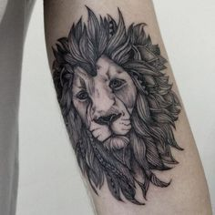modern lion tattoo 17 realistic look lion tattoos for women