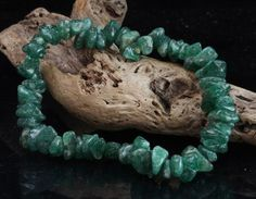 Green Aventurine dispels pain and fear Gives love prosperity and heals the emotions Do not cleanse in the full sun as the colour can