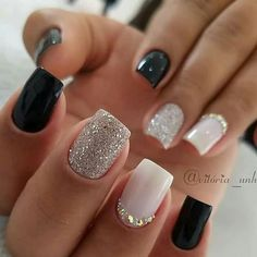 Semi-permanent varnish, false nails, patches: which manicure to choose? - My Nails Fall Acrylic Nails, Acrylic Nail Designs, Trendy Nails, Cute Nails, Cute Short Nails, Diy Ongles, Square Nail Designs, Short Nail Designs, New Years Nail Designs