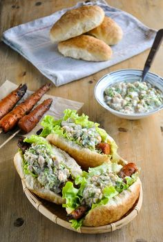 VeganSandra - tasty, cheap and easy vegan recipes by Sandra Vungi: Smoky barbecue carrot dogs with creamy chickpea salad