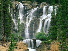 Tangle Creek Falls, Alberta, Canada, 52°52′23″N 118°04′56″W  Tangle Creek is a tributary of the Sunwapta river which is a major tributary of the Athabasca River in Jasper National Park in Alberta, Canada.