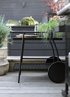 Serving cart makeover in Outdoor Rooms, Outdoor Gardens, Outdoor Living, Outdoor Decor, Outdoor Plants, Home Decor Inspiration, Garden Inspiration, Scandinavian Garden, Serving Cart