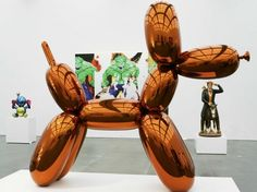 She also has a taste for pop art, which she says she got from her mother, a Finnish art teacher. Mayer owns several miniature balloon dog sculptures by Jeff Koons,… Jeff Koons, Most Expensive Painting, Expensive Art, Hybrid Art, Balloon Dog, Paris, Room Paint, Coups, Art Auction