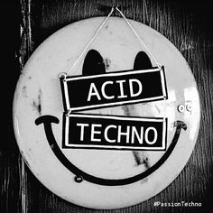 ACID TECHNO !!! ☺#passiontechno #technomusic #acid #acidtechno #minimal #clubbing #musicfestival #richiehawtin #ninakraviz #LenFaki #acidhouse #AcidKraviz #plastikman #marceldettmann #alanfitzpatrick #josephcapriati #nativeinstruments #mandarinepark #rave #undergroundmusic #berghain #watergate #vinyl #boilerroom #rodhad