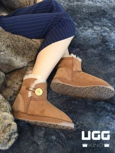 comfort PLUS +++ Classic Ugg Boots, Ugg Classic, Bearpaw Boots, Uggs, Shoes, Fashion, Moda, Zapatos, Shoes Outlet