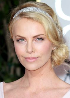 re-create Charlize Theron's soft chic, pink lip with our lipgloss/lipstick hybrid #Daphne #LipChic