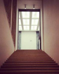 #scale #stairs #prospettive #luce #light #lights #triennalemilano #triennale #milano #milan #milanodavedere #milanocity #art #arte #designs #design #designer #architecture #architetto #architettura #glass #vetro #material #igersoftheday #igers #igersmilano by ff_ferra
