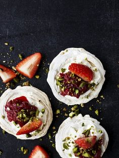 Rhubarb Recipes, Eat Right, Treat Yourself, Pistachio, Cake Cookies, Afternoon Tea, Finger Foods, Cake Recipes, Deserts