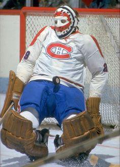 Ken Dryden Montreal Canadiens, Ken Dryden, Goalie Mask, Hockey Goalie, Cool Masks, Hockey Cards, Nhl, Motorcycle Jacket, Sports