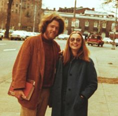 So cool..... Bill + Hilary Clinton