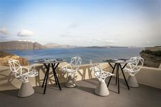 A cliffside boutique hotel on the elegant island of Santorini, Mystique offers a pocket of modern luxury and natural serenity in a sublime, primeval landscape. Santorini Island, Santorini Greece, Mykonos, Romantic Vacations, Dream Vacations, Santorini Luxury Hotels, Luxury Collection Hotels, Tourist Sites, Mystique