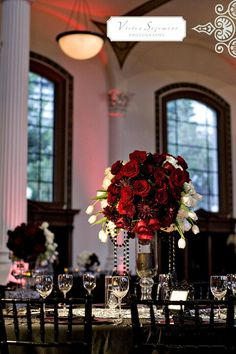 Red and black inspired wedding