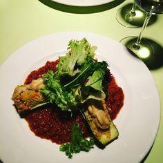 Vienna Travel Blog - www.thewanderingboomerang.com Bratislava, Seaweed Salad, Going Vegan, Vienna, Lunch, Health, Ethnic Recipes, Blog, Travel