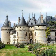 Château de Chaumont-sur-Loire by _share_the_moments_ on IG.