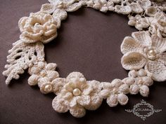 Necklace Flowers Irish Lace Crocheted Collar Wedding by Tanita777