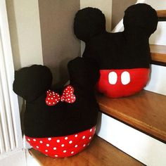 This item is unavailable : Mickey Mouse and Minnie Mouse Throw/Travel by maidenkentucky Mickey Mouse House, Mickey Mouse Christmas, Mickey Mouse And Friends, Mickey Minnie Mouse, Disney Diy, Disney Crafts, Baby Disney, Cute Pillows, Kids Pillows