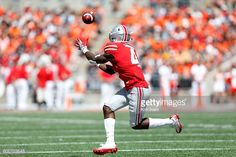 News Photo : Curtis Samuel of the Ohio State Buckeyes catches...