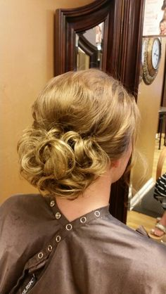 Wedding style, by Lauren Brown.