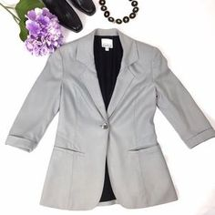 bebe Jackets & Blazers - OPEN TO OFFERS! KARDASHIANS BE BE JACKET SIZE 2 #poshmark #bebe #shopping #shop #clothing #fashion