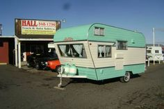 Andrew Ledford Views — vintage-trailer: 1966 Aladdin Sultan Castle – Famous Last Words Tiny Trailers, Vintage Campers Trailers, Retro Campers, Vintage Caravans, Camper Trailers, Vintage Motorhome, Camper Caravan, Camper Life, Airstream