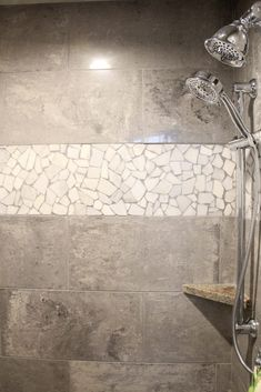 Shower Tile: Empier 12x24 Polished, Color: General Gray; Rock Art: Juliano Mosaic, Color: Blanco