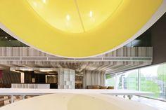 Bangkok University Lounge by  Supermachine Studio ||| ArchDaily