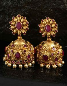 We have collection of chandbali, diamond, danglers, hoops, Korean earrings. Gold Jhumka Earrings, Jewelry Design Earrings, Gold Earrings Designs, Gold Jewellery Design, Antique Earrings, Designer Earrings, Fancy Earrings, Gold Jewelry, Handmade Jewellery