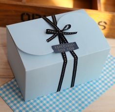 6 x Blue Rectangular Box, cookie, cupcake, cake, macaroon Boxes, Bakery Box, Gift Packaging, DIY packaging. $6.99, via Etsy.
