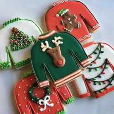 motherofsoutherncharm: The perfect Christmas sweater! Via Brookiescookiesco Instagram