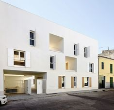 Dezeen_Social-housing-in-Sa-Pobla-by-RipollTizon_14.jpg (468×454)