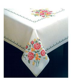 Bouquet Of Roses Stamped Oblong Tablecloth For Embroidery-50''X70''