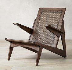 Yves Chair Design Food, Design Café, Design Studio, Design Ideas, Indoor Outdoor Rugs, Outdoor Chairs, Outdoor Furniture, Adirondack Chairs, Cheap Furniture
