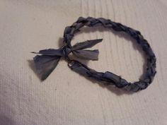 braids with three strands).