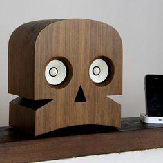 skull stereo