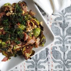 Hi guys! Jenn here from @pretend_its_a_donut with my last post of the week. I've had a blast and I've loved seeing everyone tagging me in the meals they have made this week!! Thanks for making my heart go pitter patter.  This last dish is inspired by a restaurant in Aptos, California. Their brussels sprouts are out of this world. Like way out.  The combo *may* sound a little odd, but holy moly does it work.  ________________________________ BRUSSELS SPROUTS WITH CRISPY PARSLEY AND RED CHILI…