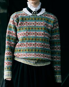Shetland Ladies Pullover, 2014. The site is in Japanese but Chrome's built-in browser translation works pretty well on it.