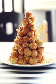 Croquembouche, Eclairs, Almond, Breakfast, Food, Hampers, Syrup, Morning Coffee, Eten
