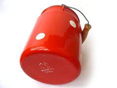#Vintage enamel Milk Can - Polka dot, Soviet enamelware, milk churn, vintage Soviet Milk Can, old milk can, Soviet vintage, Red Milk Can.  Red enameled cans in white peas, w... #etsy #vintage #gift #nostalgishop