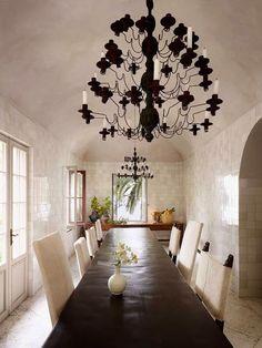 Simply STUNNING dining room!