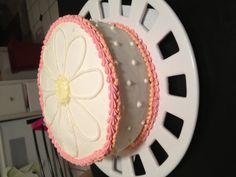 Daisy cake!