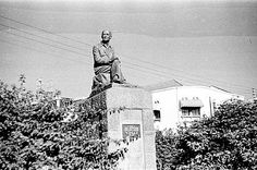 Statue of Lord Delamere, one of the first pioneers of East Africa. Statue was situated opposite the New Stanley Hotel on Delamere Avenue.
