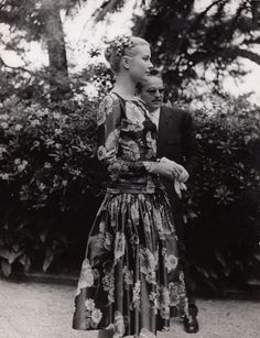 Grace Kelly and Prince Rainier meeting for the first time, 1955   Original print by Edward Quinn from 1955, including mount € 990