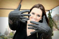 Black Leather Gloves, Winter Outfits, Sexy Women, Student, Boots, Style, Clothes, Woman Fashion, Girly