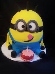 Resultado de imagem para bolos aniversario minions