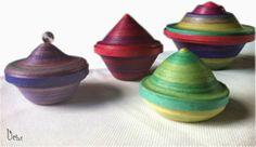 Tuto Caja serpentinas | Uchi Magazine Bowl, Diy And Crafts, Paper Crafts, 3d Quilling, Paper Art, Creative, Christmas, Handmade, Craft Ideas