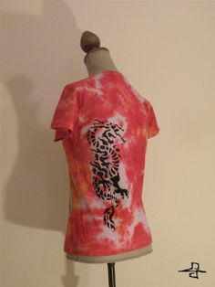 """""""The story of the Leafvillage and the chinse dragon.""""Unique Tie-Dye t-shirt, for women, made by FreedomFactory  Size L, 20 €  If you interested or more information don't hesitate contact with me! krecseva@gmail.com"""