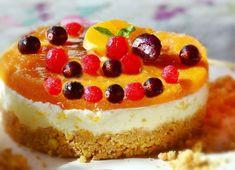 Yummy and healthy apricot and quark tart Best No Bake Cheesecake, Mini Cheesecake, Baked Cheesecake Recipe, Animal Birthday Cakes, Vegan Birthday Cake, Happy Birthday Cakes, Food Cakes, Sweet Desserts