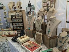 This is one of the best jewellery stalls I've seen - it has much of the 'theatre' necessary to provide a great experience - thanks to Linda Taylor Designs.................................................Visit us at Cybelle.com.au