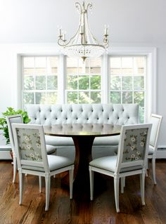DIY Upholstered Built In Bench {Part Banquettes . Modern Upholstered Benches Breakfast Nooks For Small . Home Design Ideas Corner Kitchen Tables, Kitchen Banquette, Kitchen Seating, Banquette Seating, Corner Bench, Kitchen Nook, Kitchen Dining, Dining Room Furniture Design, Dining Table With Bench
